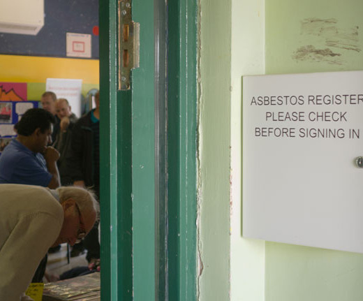 Scandals engulf asbestos-backed scientists
